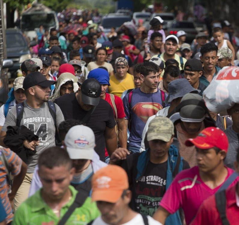 11. Caravana avanza y Donald Trump no logra apoyo de  México.