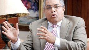 Reyes dijo  si bajan  déficit no habrá dinero para inversión.