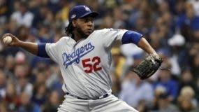 La carrera de Pedro Báez ha dado un giro de 180 grados este año con los Dodgers .  AP