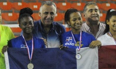 Nairobi logra título; Linares consigue oro