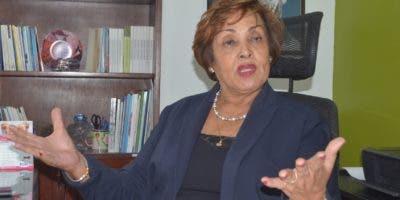 Nélsida Marmolejos entiende las  autoridades deben explorar procedimiento para que parientes reciban los  fondos.   Ana mármol.