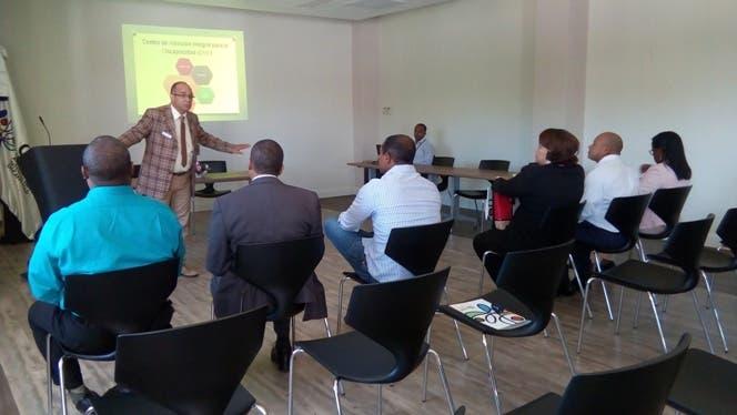 Universidades del sur muestran interés en formación de profesionales en beneficio del CAID San Juan