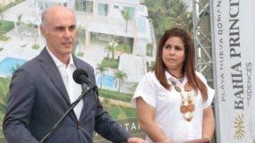 Alejandro Abell  y Alma Taveras.