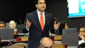 el-precandidato-presidencial-wellington-arnaud
