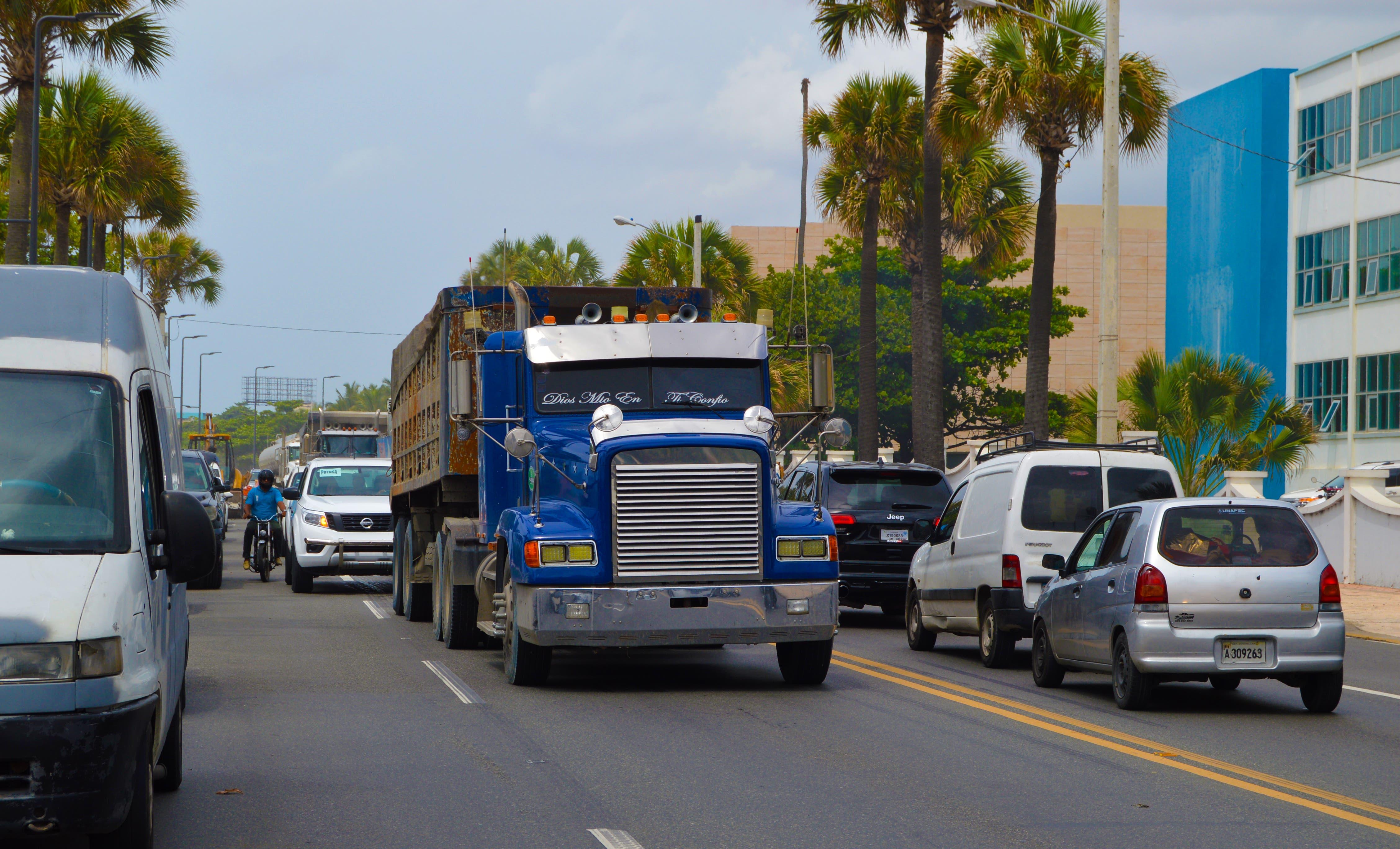 foto-transporte-de-carga
