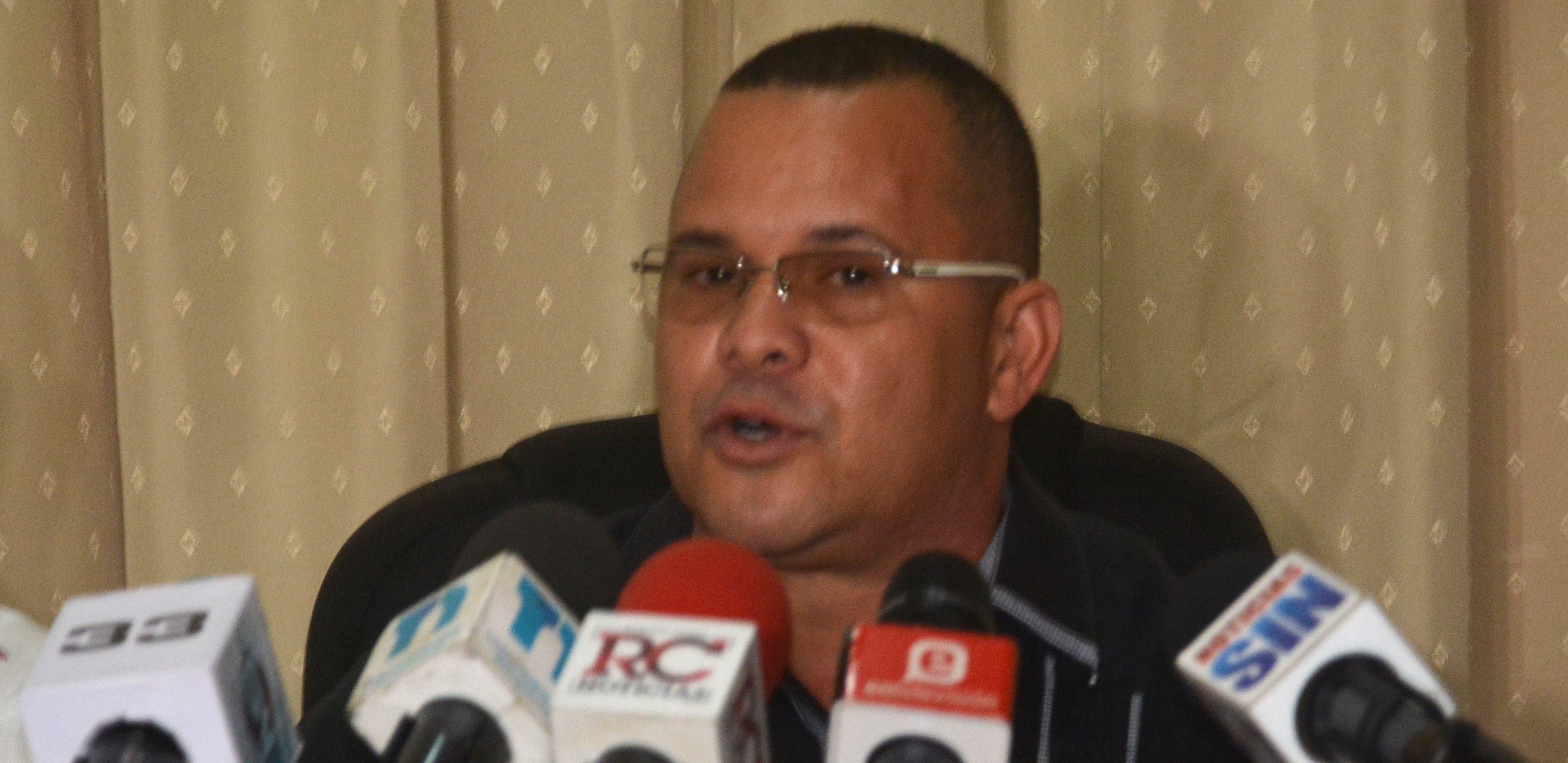 Frankely Rodríguez, presidente de   la comisión  Archivo