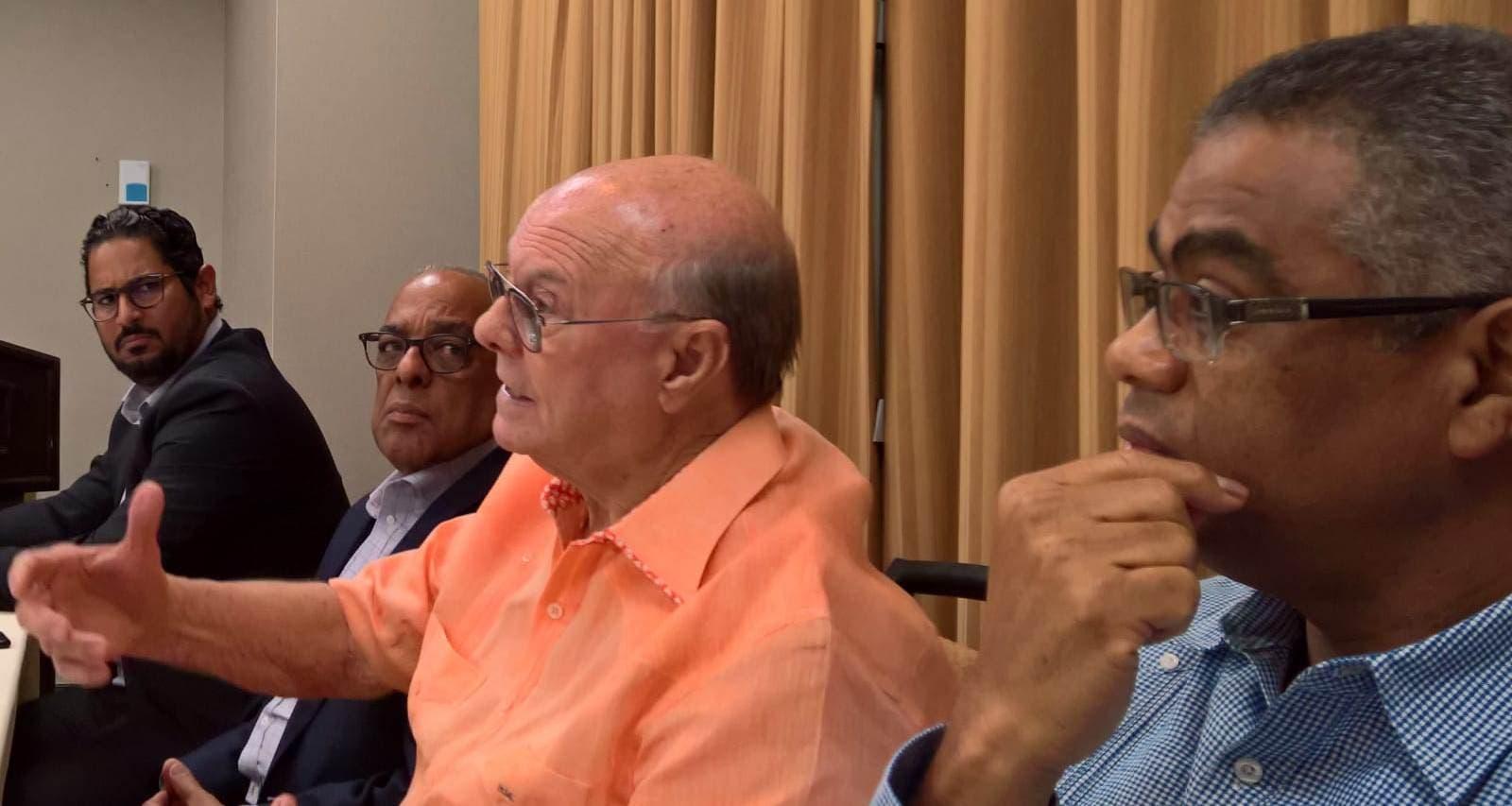 Image result for Expresidente Hipolito Mejia durante visita a Nueva York