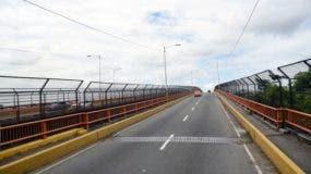 """Puente Matías Ramón Mella, o """"Puente de las Bicicletas""""."""