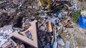 Las autoridades elevaron hoy a 1.649 el número de muertos provocados por el terremoto, el tsunami y las avalanchas de barro. Fuente externa