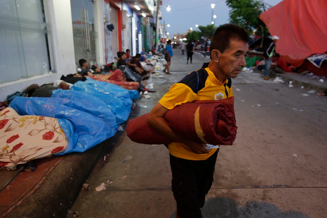 8. Este martes, la gran caravana que partió el 13 de octubre de San Pedro Sula (Honduras), descansará todo el día en Huixtla, en el suroriental estado mexicano de Chiapas.