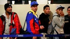 El mes pasado, 277 venezolanos que se encontraban en territorio ecuatoriano regresaron a su país acogiéndose a esta iniciativa impulsada por el presidente de Venezuela, Nicolás Maduro.