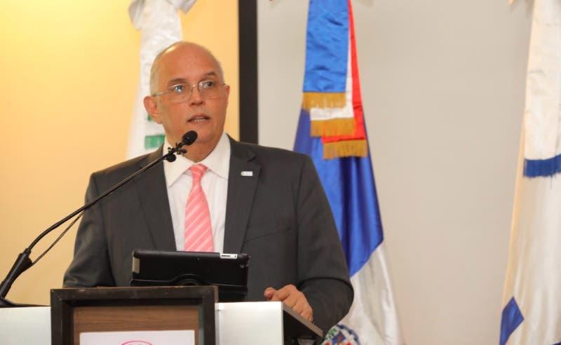 Designan a Ángel CanóvicepresidenteComisión de Integración Energética Regional