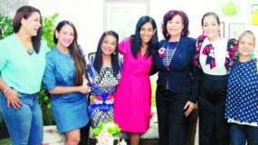 Las expresidentas  que participaron en la reunión.