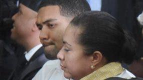 Marlon y Marlin Martínez durante  juicio de fondo.  Archivo