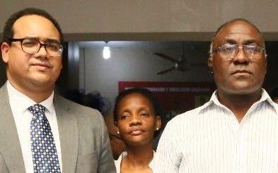 Haina pide cierre de empresa por emitir altos niveles de plomo