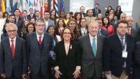 Países de Iberoamérica se reúnen en un contexto económico de bajo crecimiento y deudas.