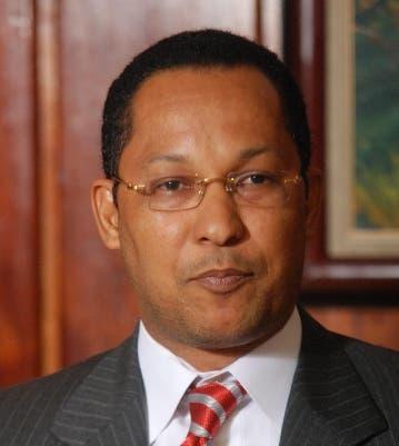 Dionis Sánchez, senador de Pedernales.