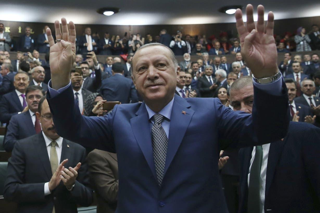 El presidente de Turquía, Recep Tayyip Erdogan, dijo que mantendrá comercio con Irán.