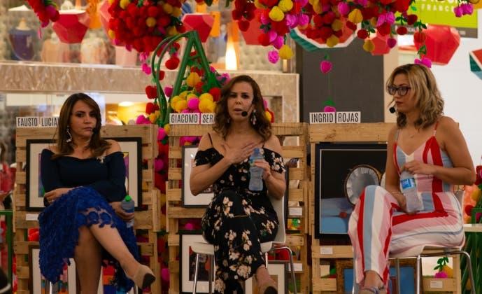 Katty  Gómez, Ingrid Gómez y Jissel Espinal.