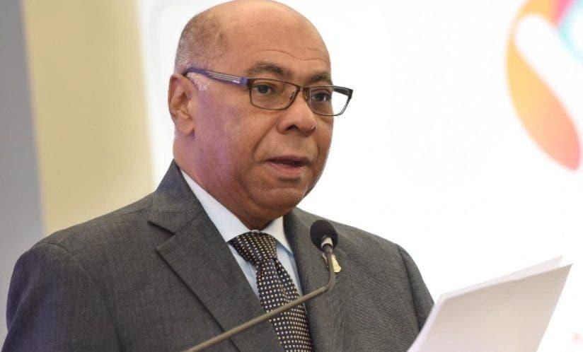 Milton Ray Guevara, presidente del tribunal.