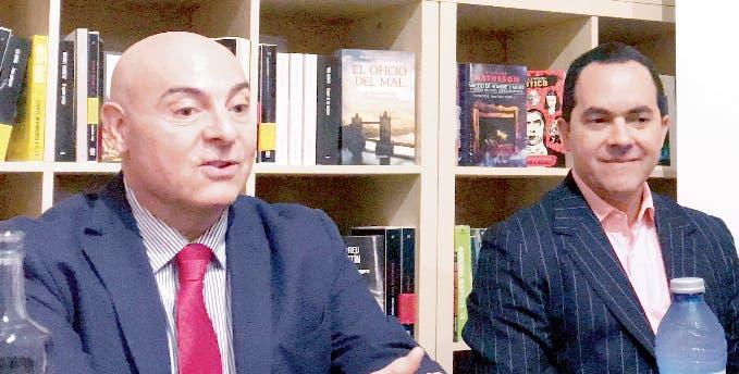 Luis López Tallaj durante la presentación del libro en Madrid.