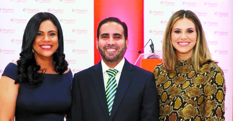 Denise Bernard,  Eric González y Pamela Sued.