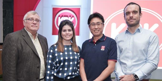 Don Stevens, Andrea Harper, Mark Sugaya y David Pérez Montes.
