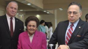Arturo Pérez, Mary Pérez Vda. Marranzini y Celso Marranzini.