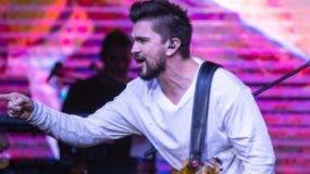 Juanes cantó por casi dos horas una buena cantidad de sus éxitos, ante la algarabía de los invitados.  fuente externa.