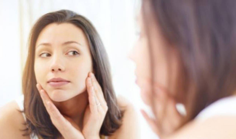Mejora el brillo y elasticidad  de la piel, ideal para dar ese toque de frescura al rostro.