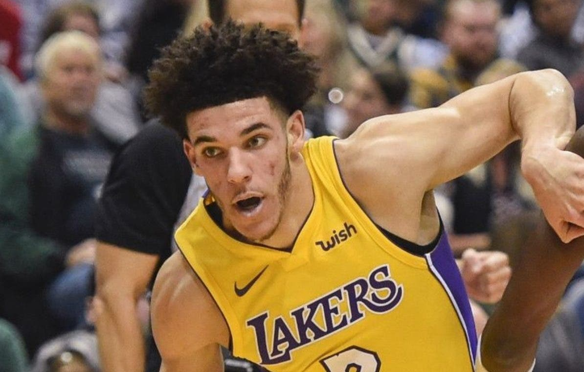 Lakers quieren que Lonzo Ball sea bien agresivo