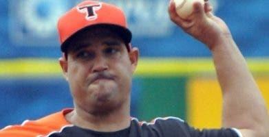 El cubano Raúl Valdés se mantiene como un estelar.