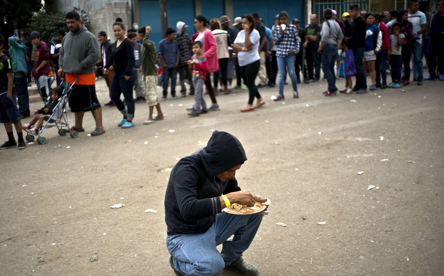 Autoridades de Tijuana invierten  cifras millonarias en apoyo alimenticio del albergue.