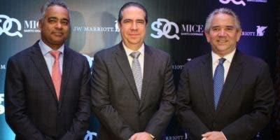 Joel Santos, Francisco Javier García, Roberto Henríquez.