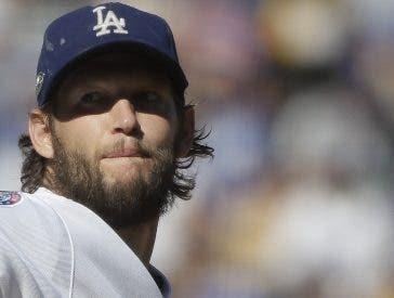 Clayton Kershaw parece que desea seguir en LA.