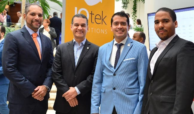 Roberto Nin, Igor Cabrera, Gerard Torin y Marucho Méndez.
