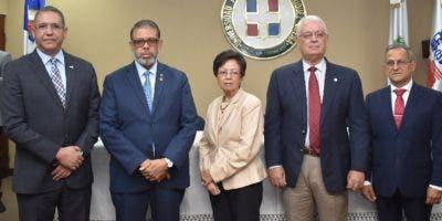 Carlos Ortega,  Modesto Guzmán, Catalina Mota,  José Espaillat y  Alejandro Viginieri.