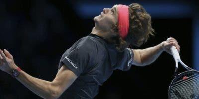 Alexander Zverev, de 21 años,  derrotó a Novak Djokovic.