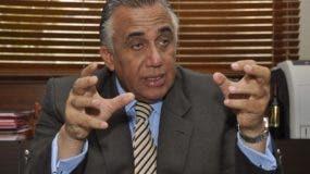 Luis Mejía  dice no evade hablar, pero en su momento.