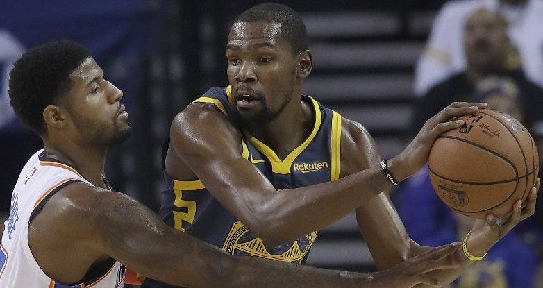 Kevin Durant cree   ofensiva  Golden State  debe mejorar.  AP