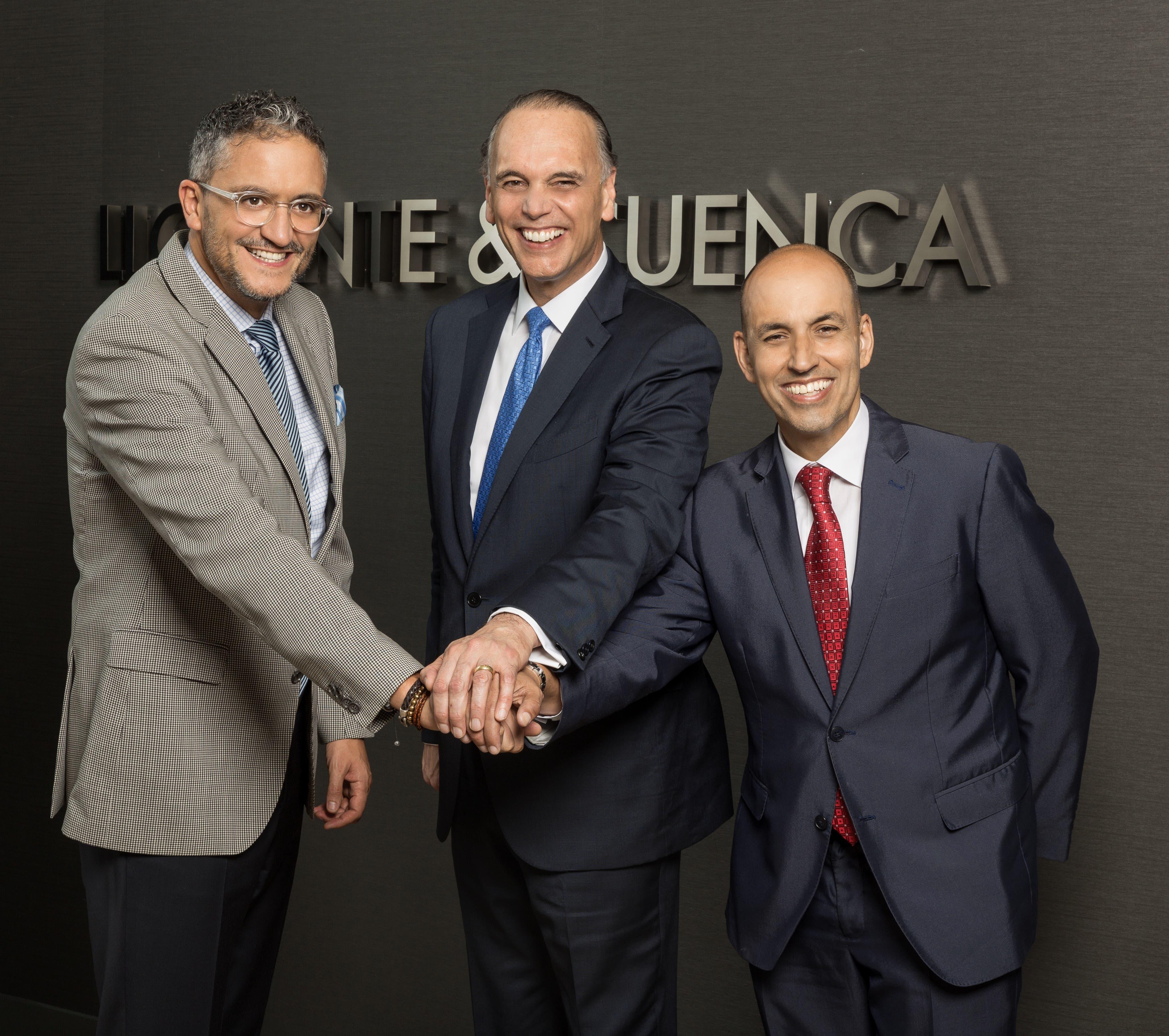Alejandro Romero, Mike Fernández, y Erich de la Fuente.