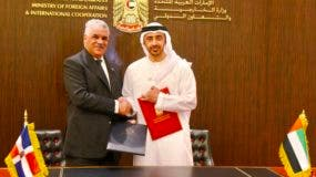 Canciller Miguel Vargas y su alteza Jeque Abdullah Bin Zayed Al-Nahyan.