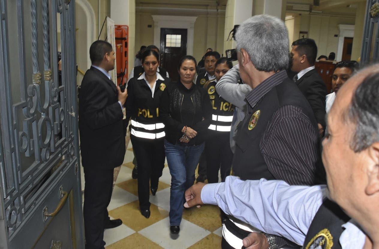 Centros comerciales transmiten resolución del juez Carhuancho — Keiko Fujimori