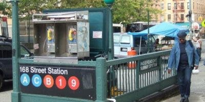 dominicanos-ny-se-veran-afectados-al-eliminar-operadores-ascensores-subway