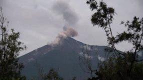 el-volcan-de-fuego-sigue-activo-efe