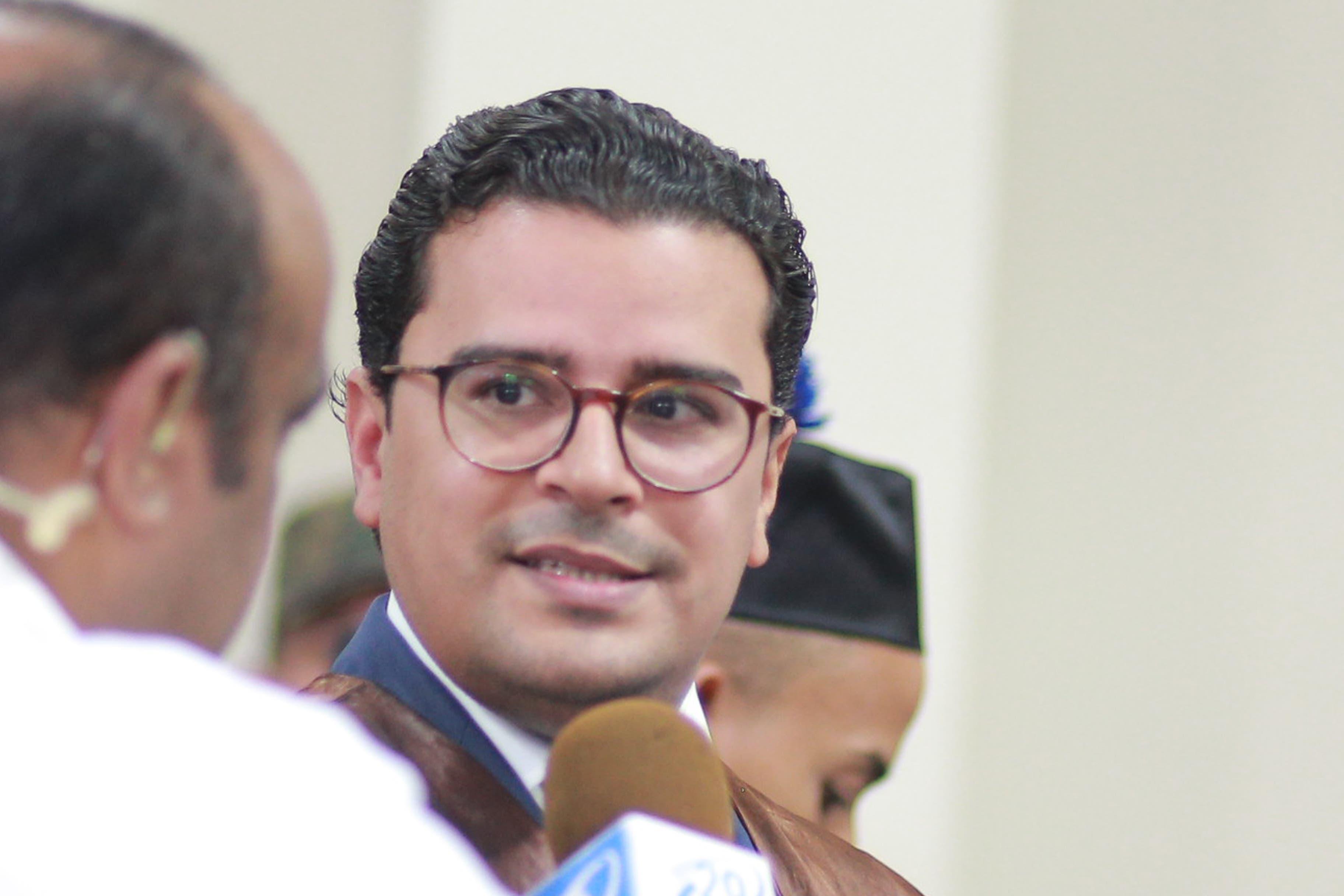 El abogado de la familia de Emely Peguero, José Martínez Hoepelman.