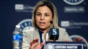 Lorena Martín publicó en las redes sociales una serie de críticas contra el gerente general Jerry Dipoto, el manager Scott Servais y el director de desarrollo de peloteros Andy McCay.
