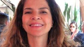 Matilde es autora de un blog feminista y considera que el anillo de compromiso es contrario al ideal de mujer independiente.