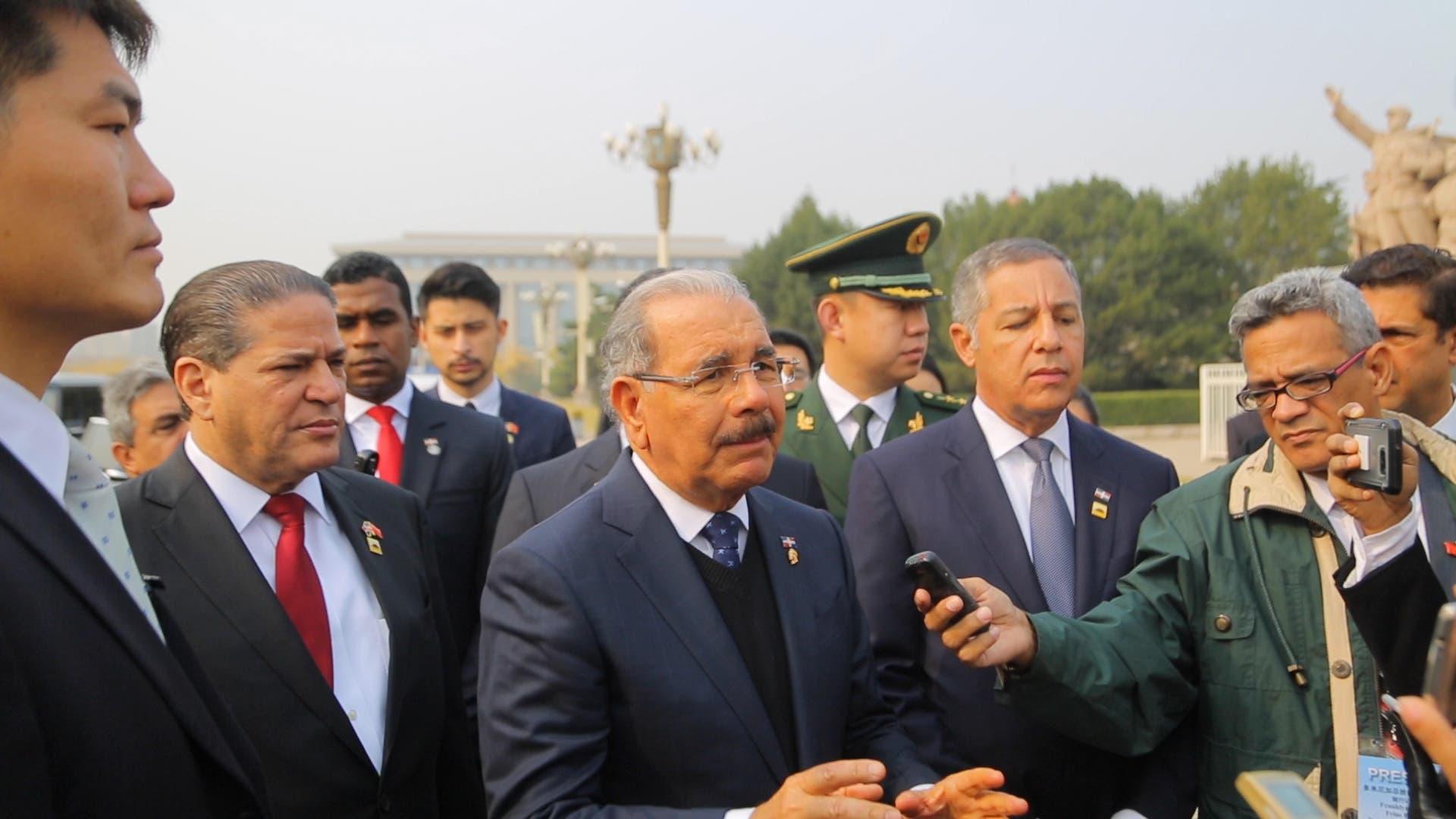 6. El presidente Danilo Medina ofrece rueda de prensa a periodistas dominicanos en el primer día de su visita a China.