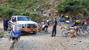 Los haitianos exigían que las autoridades dominicanas liberaran a un compatriota a quien supuestamente le habían incautado una motocicleta en Dajabón. Foto: fuente externa.